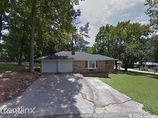 5654 Bowdon Dr, Forest Park, GA 30297