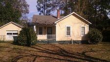 817 W 16th St, Tifton, GA 31794