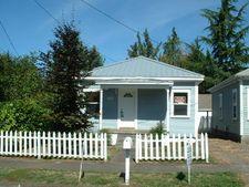 1904 E 9th St, Vancouver, WA 98661