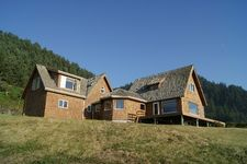 1237 S Highway 101, Yachats, OR 97498