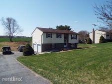 8037 Elizabethtown Rd, Elizabethtown, PA 17022