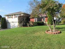 5046 Bronson Blvd, Portage, MI 49024