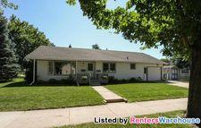 826 15th Ave Ne, Rochester, MN 55906