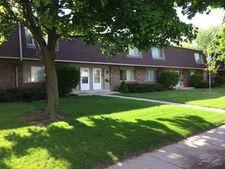 106 W Falls Rd, Grafton, WI 53024