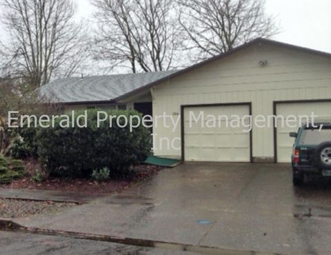 2264 9th St, Springfield, OR 97477