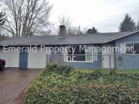 733 W Quinalt St, Springfield, OR 97477
