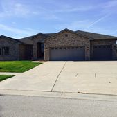 7617 Wentworth Dr, Springfield, IL 62711