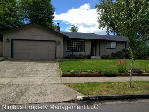 6967 D St, Springfield, OR 97478