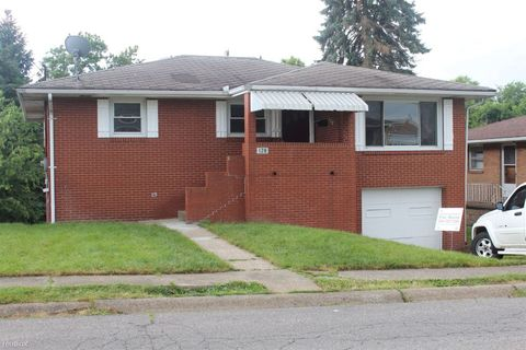 128 Capitol Dr, Weirton, WV 26062