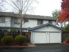 1425 Gold Way, Rohnert Park, CA 94928
