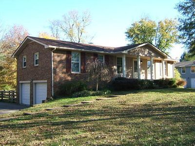 hindu singles in hendersonville Search hendersonville, nc homes for sale, real estate, and mls listings view for sale listing photos, sold history, nearby sales, and use our match filters to find your perfect home in.