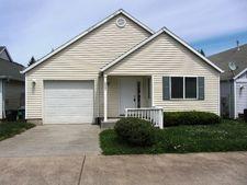 39254 Cascadia Village Dr, Sandy, OR 97055