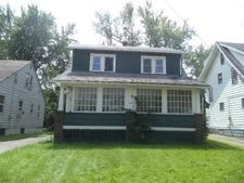 557 E Avondale Ave, Youngstown, OH 44502