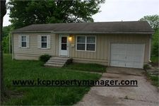 308 N Ponca Dr, Independence, MO 64056