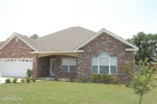 3 Pecan Ln, Long Beach, MS 39560