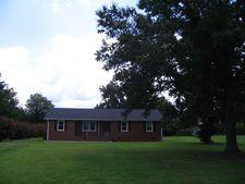 161 Fairfield Dr, Burgaw, NC 28425