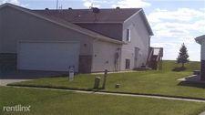 1724 10th St W, West Fargo, ND 58078