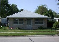 109 W Church St, Savoy, IL 61874