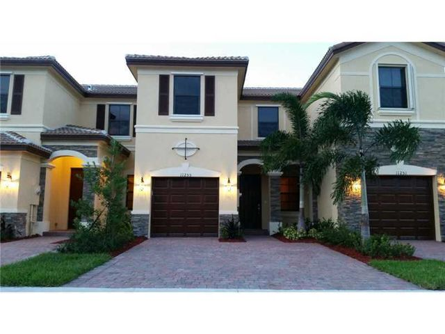 11255 Nw 88th Ave Hialeah Gardens Fl 33018 Home Or Apartment For Rent 6299038116 Realtor