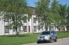 210 Barbara Ave Apt 102, Detroit Lakes, MN 56501
