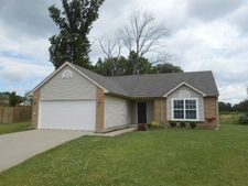 131 Green Meadow Ct, Franklin, OH 45005