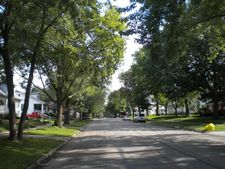 1505 S Barrett Ave, Sedalia, MO 65301