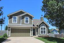 21416 W 52nd St, Shawnee, KS 66218
