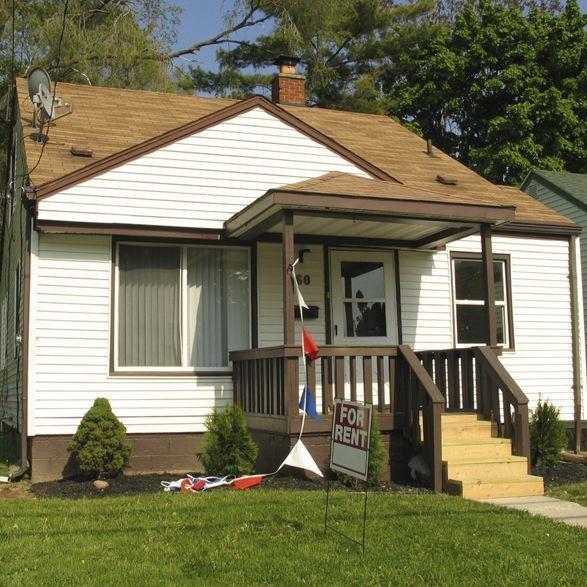 Places To Visit In Pontiac Michigan: 60 N Sanford St, Pontiac, MI 48342