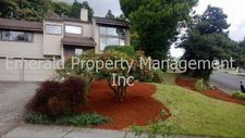 575 River Hills Dr, Springfield, OR 97477