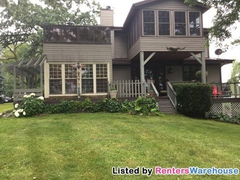 W792 Potters Cir, East Troy, WI 53120