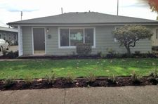1095 J St, Springfield, OR 97477