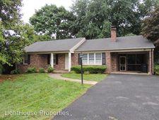216 Maple Hills Dr, Lynchburg, VA 24502