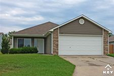 2631 E Conquest St, Wichita, KS 67219