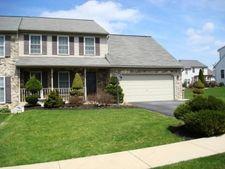 4091 Green Park Dr, Mount Joy, PA 17552