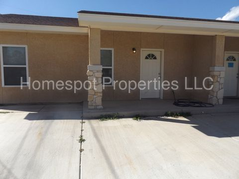 900 W 3rd St, Portales, NM 88130
