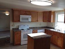 994 Milton Grove Rd S Apt B, Mount Joy, PA 17552