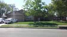 297 Somerset Dr, Lemoore, CA 93245