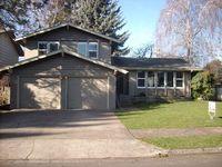 2264 Lillian St, Eugene, OR 97401