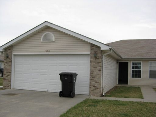 558 Lamont Dr Lincoln Ne 68528 Home Or Apartment For Rent 7991129229