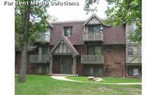 822 Lime City Rd, Rossford, OH 43460