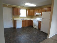 114 Quincy Rd Apt 7, Kirbyville, MO 65679