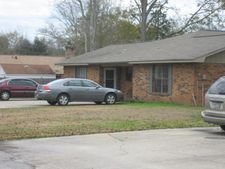 1113 Hickory Dr # A, Long Beach, MS 39560