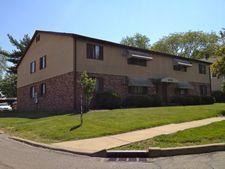 6705 Roosevelt Dr, Sylvania, OH 43560