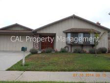 1012 Larkin Cir, Salinas, CA 93907
