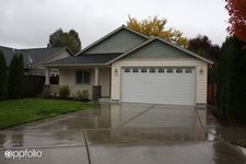 1521 Grey Oak Ct, Medford, OR 97501