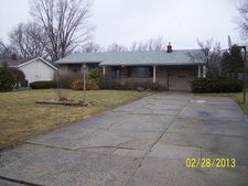 4686 Driftwood Ln, Austintown, OH 44515
