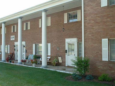 St Clair Villa Johnet Dr # 8 & 319, Saint Clairsville, OH 43950