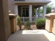 10461 E Fieldstone Ave, Clovis, CA 93619