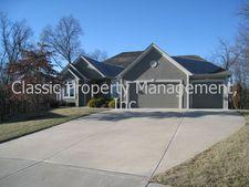 15310 N Bales Rd, Smithville, MO 64089