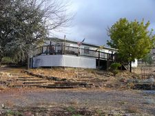1017 Homedale Rd, Klamath Falls, OR 97603